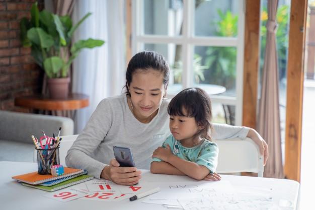 Mendampingi Anak di Dunia Digital