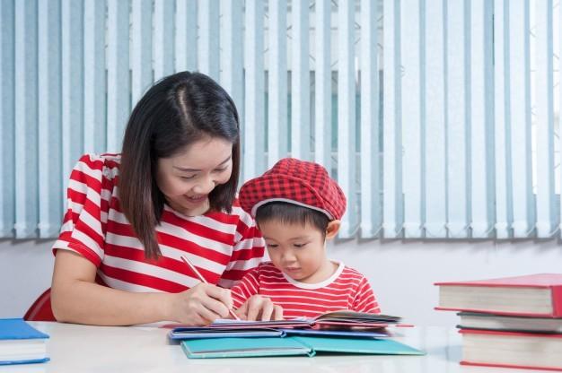Cara Stimulasi Kecerdasan Anak Sejak Dini