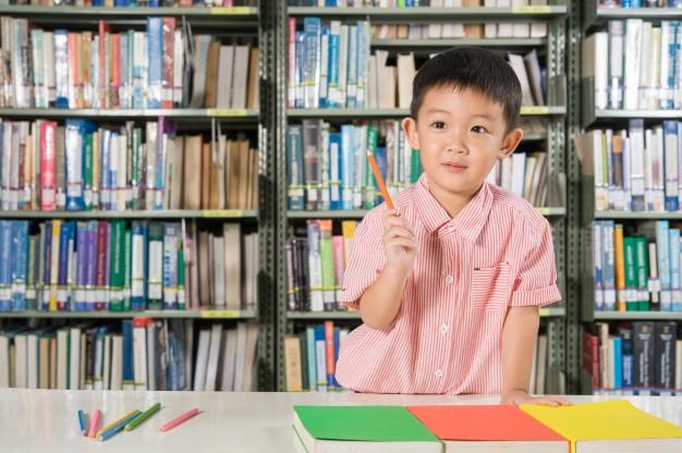 6 Fakta Belajar Multilingual pada Anak Usia Dini