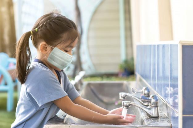 Ajarkan Kebiasaan Menjaga Kebersihan sejak Usia Dini. Apa saja ya?